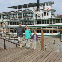 A Riverboat Cruise, Kid-Style